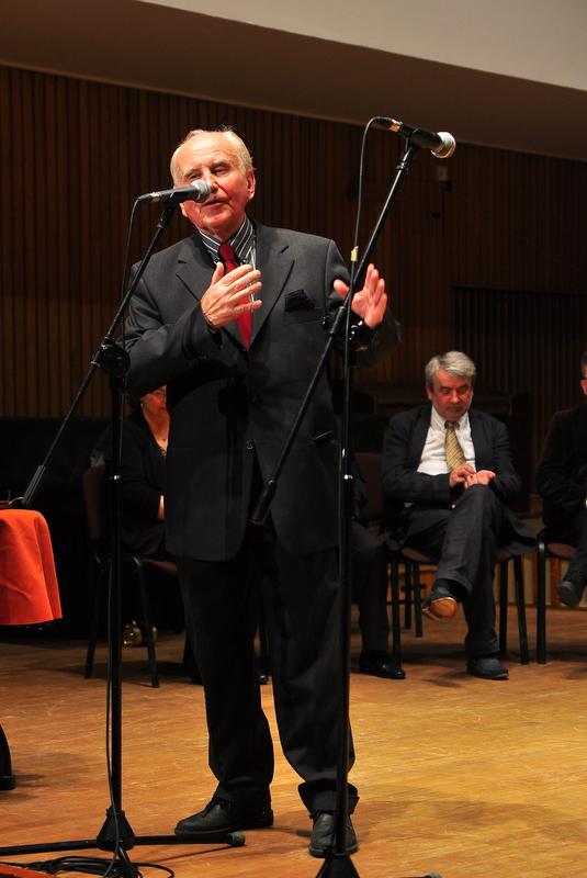 Chairman Krzysztof Jakowicz